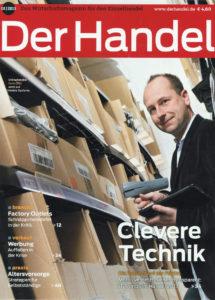 Rene Otto (GF der Rock n Shop GmbH mit iPad und Scanner)